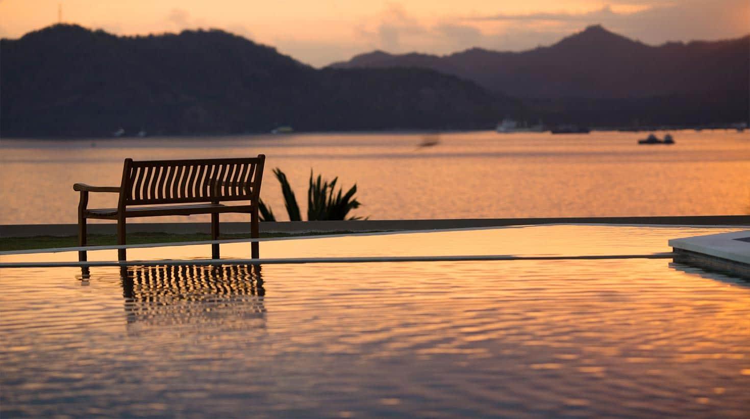 villa-bali-candidasa-luxury-beautiful-view-evening
