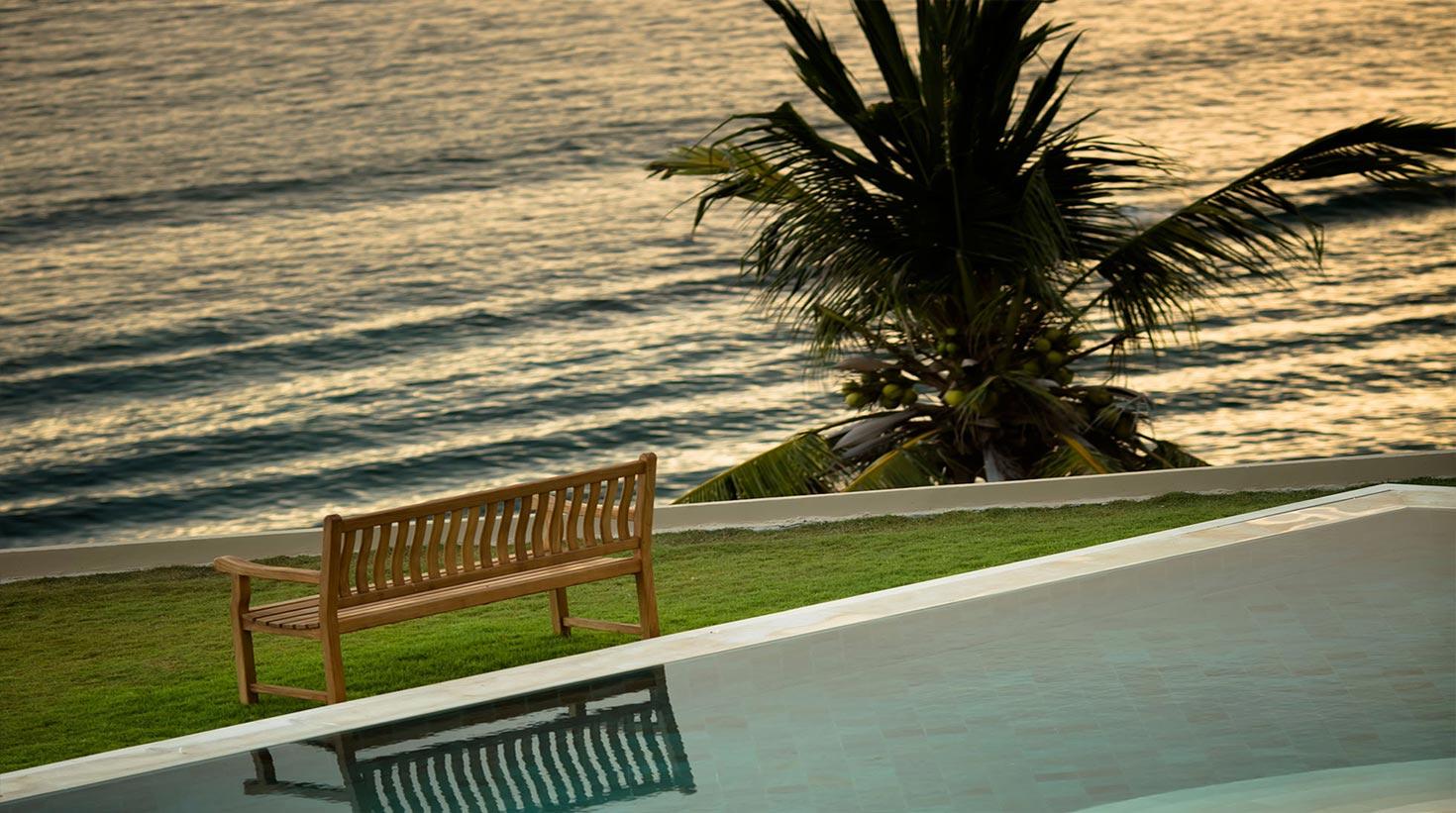 villa-bali-candidasa-luxury-view-afternoon