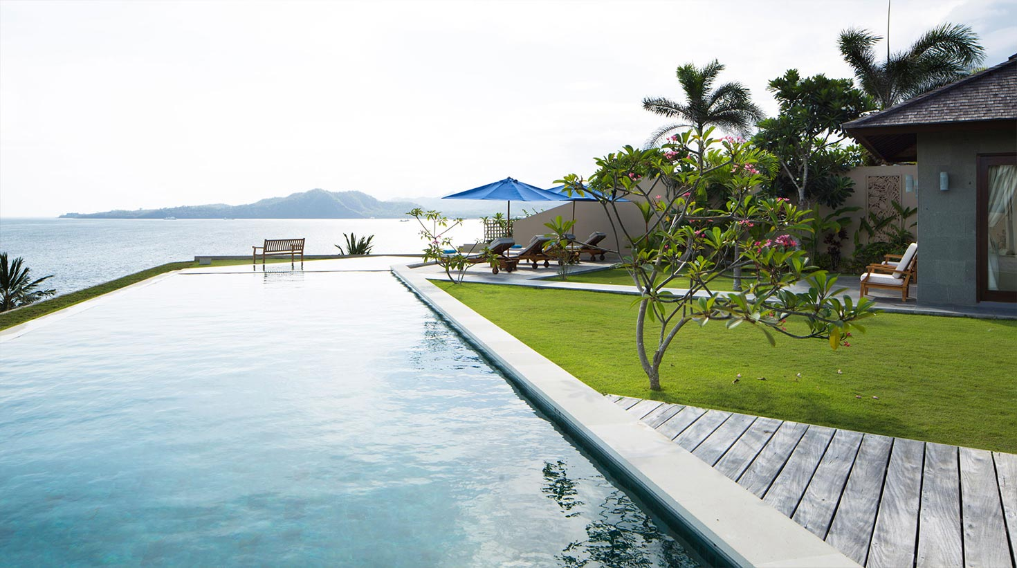 villa-bali-candidasa-luxury-with-beautiful-view
